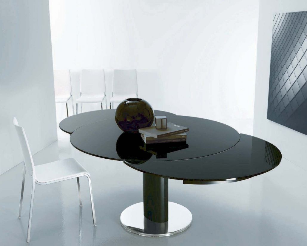 Giro Extending Glass Table - Column Base