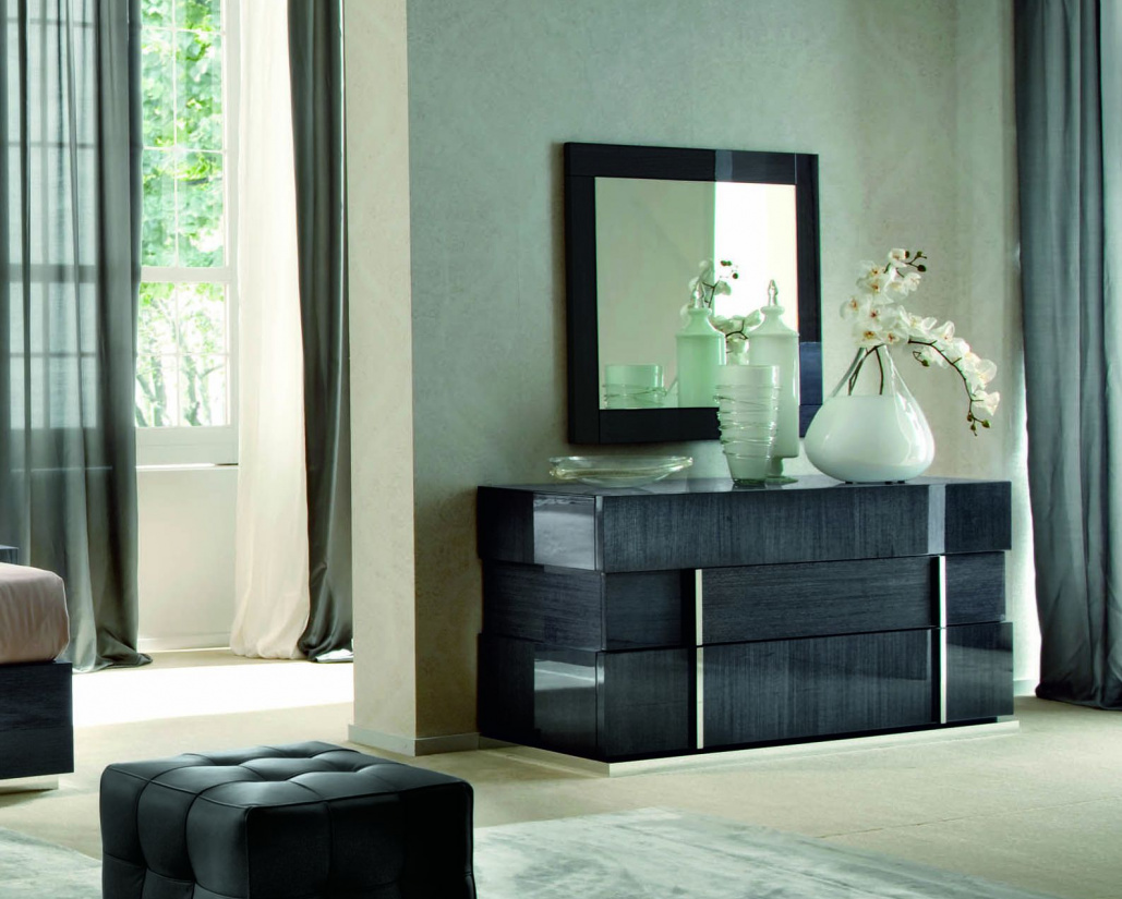 Montecarlo Bedroom Mirror