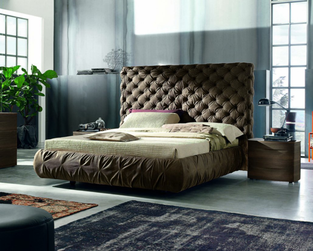 Chantal Bed High Headboard Chesterfield Design