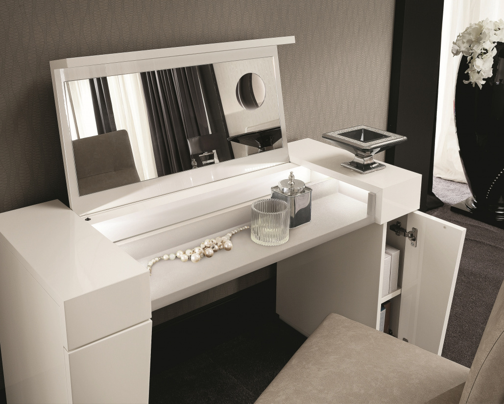 Canova Vanity Unit - Open