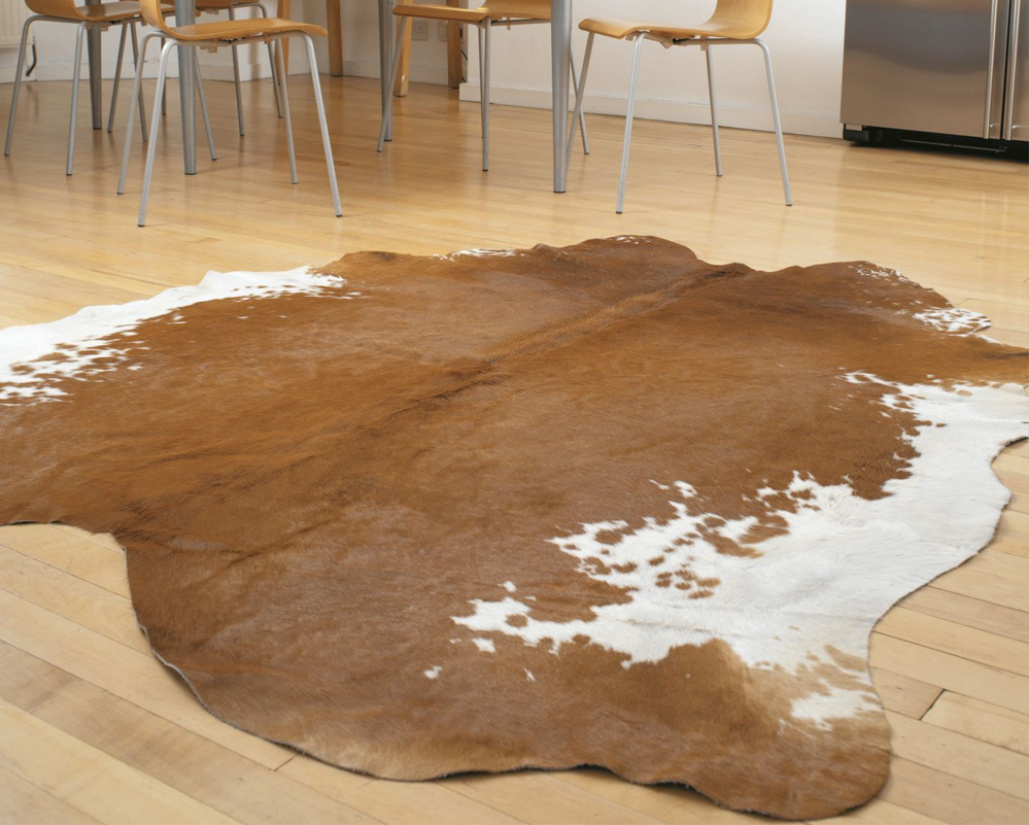 Rodeo Cowhide Brown / White Rug - Asiatic