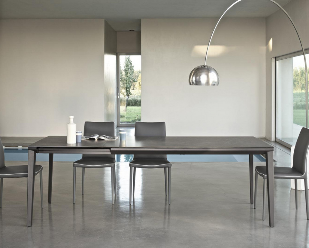 Echo Extending Table