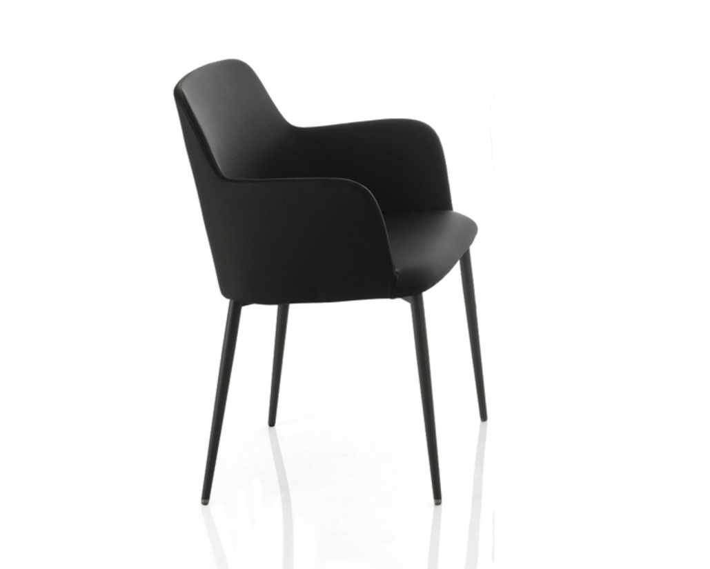 Margot Carver Chair