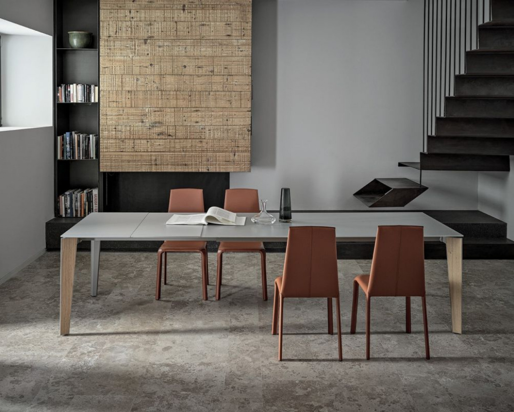 Senso Extending Glass Dining Table