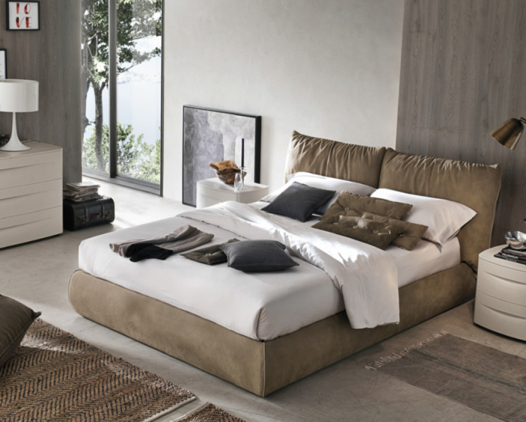 Sogno Close Up Brown Bed