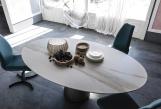 Yoda Keramik Italian Oval Top Dining Table