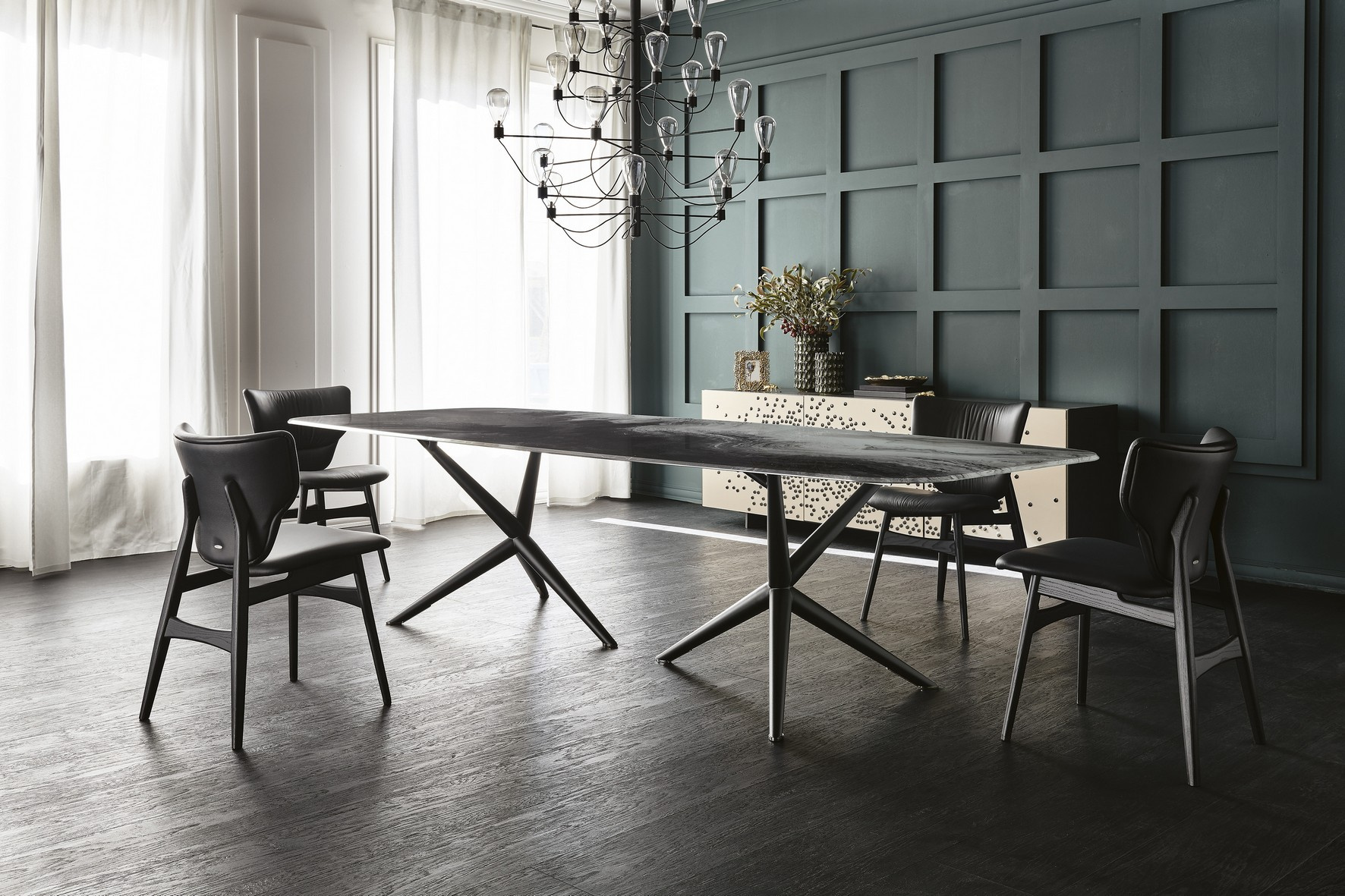 Atlantis Crystalart Dining Table