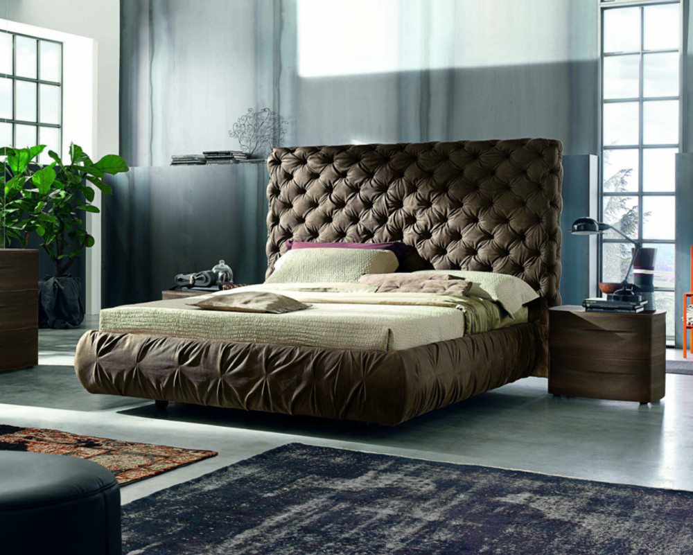 Chantal Maxi Bed