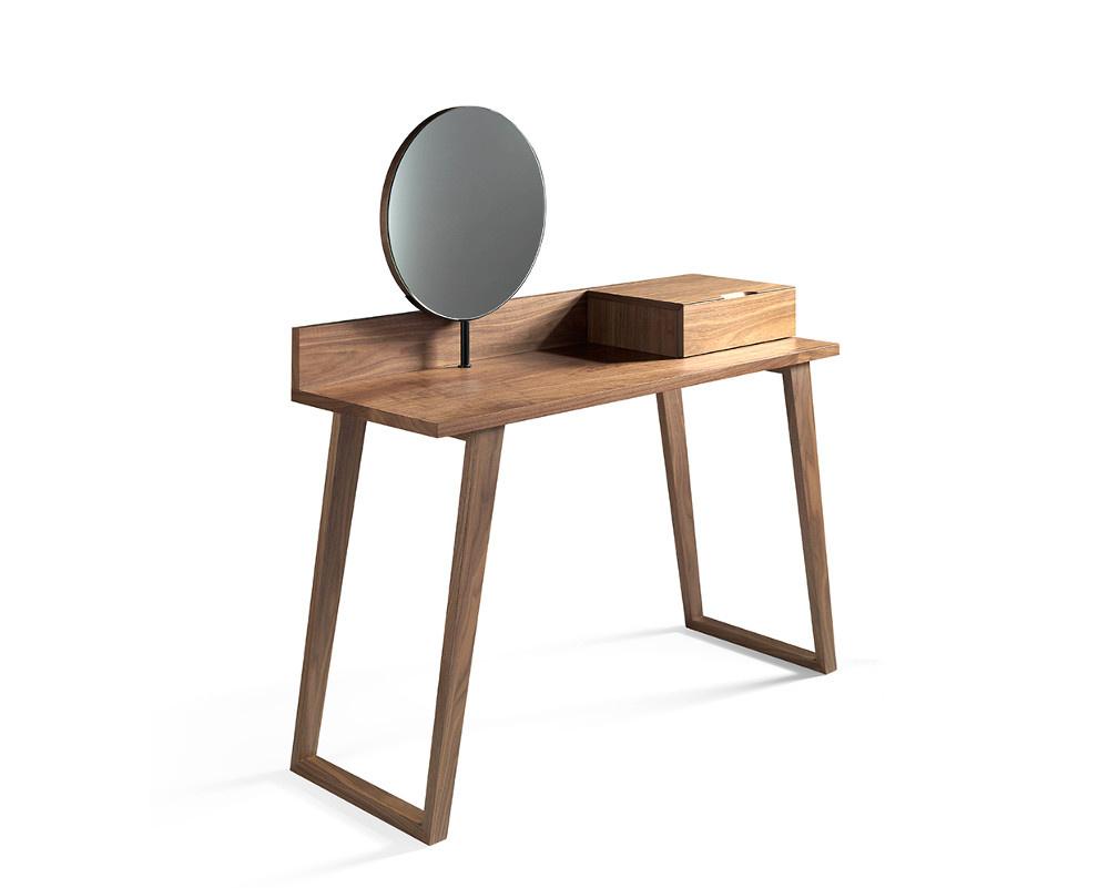 Corona Dressing Table