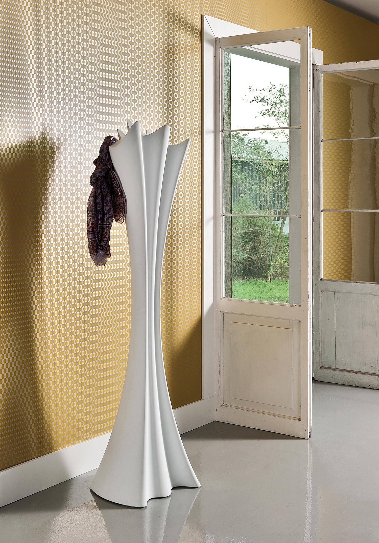 Sipario Coat Stand