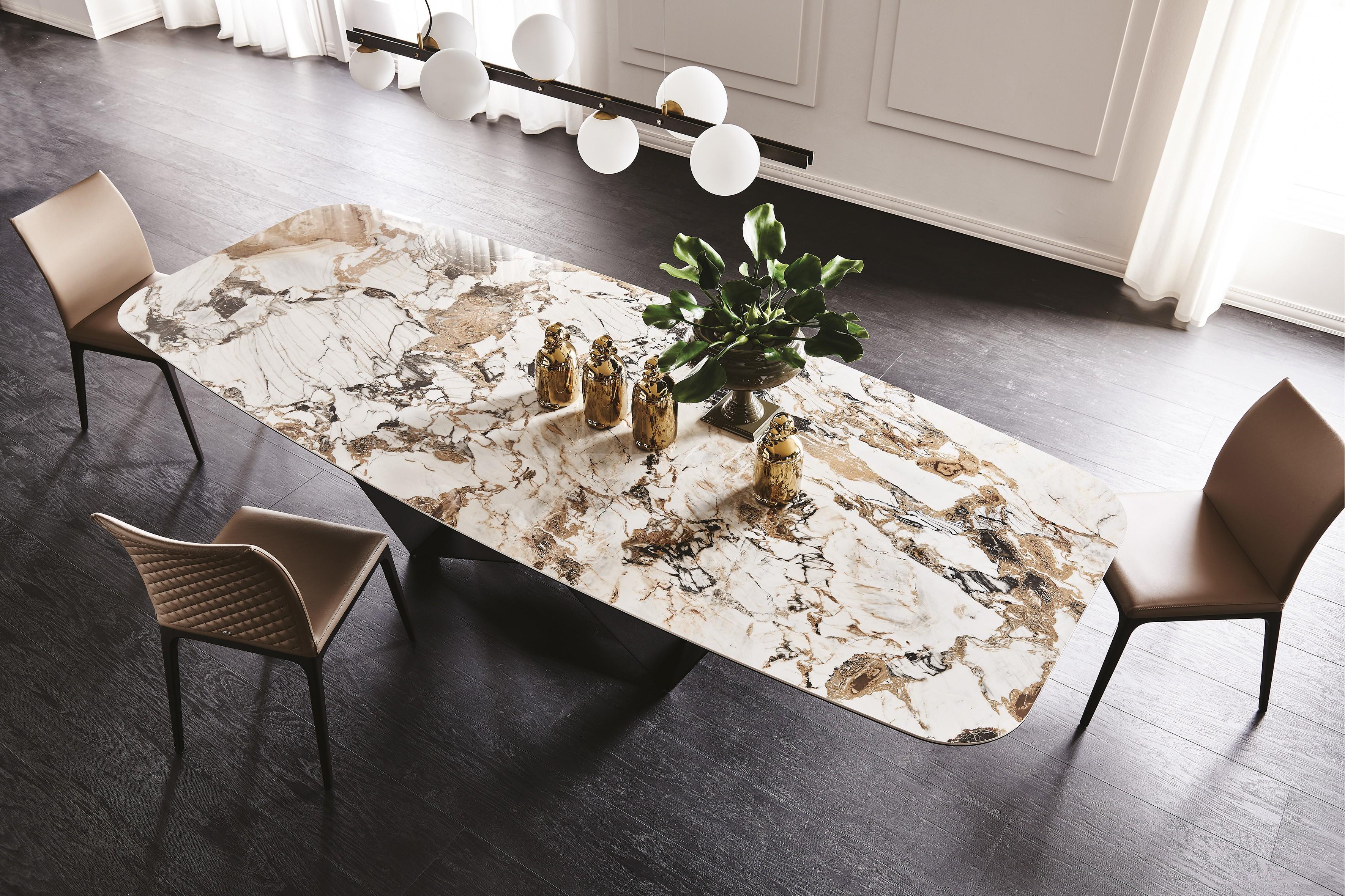 Skorpio Keramik Dining Table