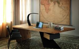 Nasdaq Desk