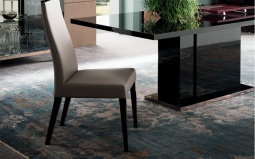 Mont Noir Dining Chair