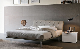 Seven Bed