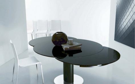 Giro Extending Glass Table - Column Base