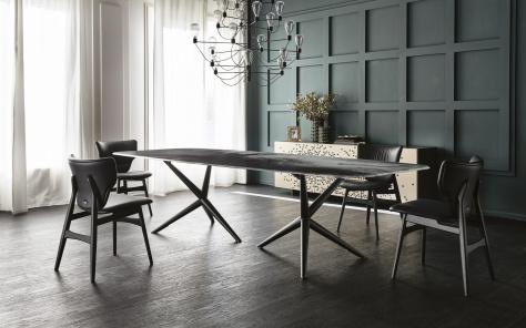 Atlantis Crystalart Dining Table