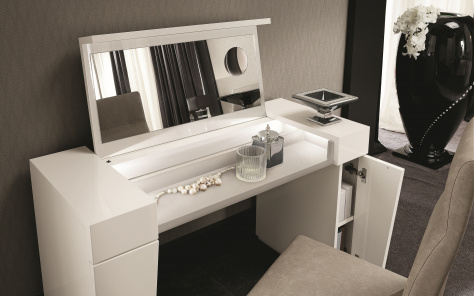 Canova Vanity Unit - Open