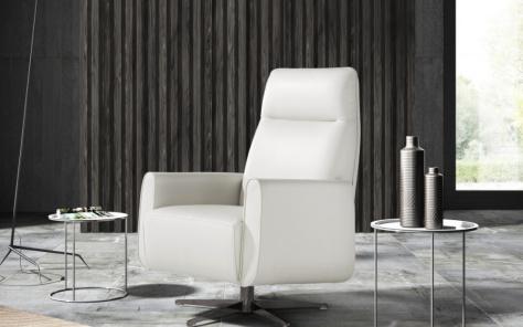 Lizzi Maxi Italian Modern Swivel Chair