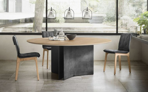 Magnum Round Wood Dining -Table