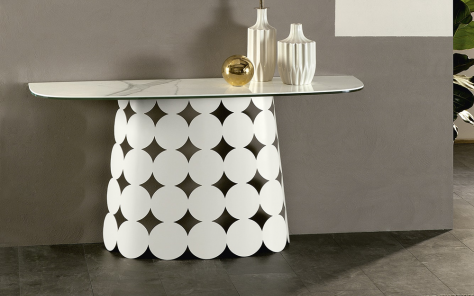 Pois Console Table