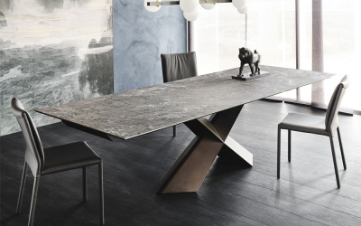 Tyron Keramik Extending Dining Table