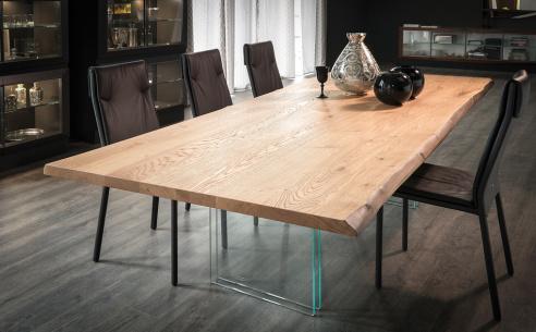 Ikon Dining Table