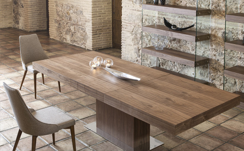 Leo Extending Dining Table
