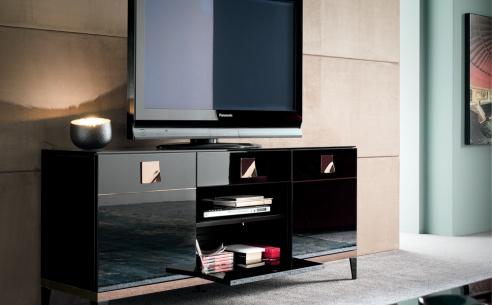 Noir TV Base