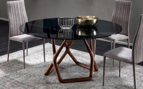 York Round Dining Table